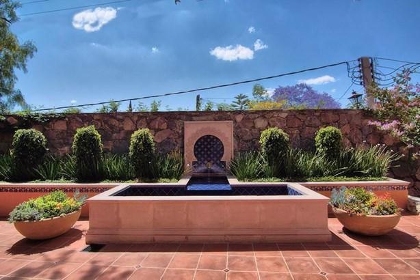 12 Faroles, San Miguel De Allende - MEX (photo 4)