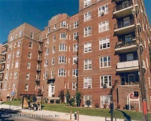 Apartment,High Rise, High Rise - Staten Island, NY