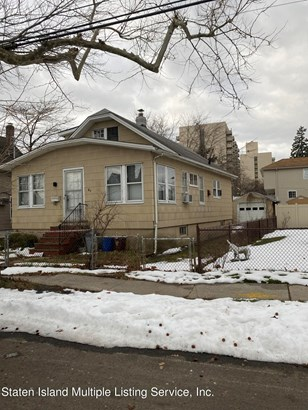 Single Family - Detached,Colonial, Colonial - Staten Island, NY