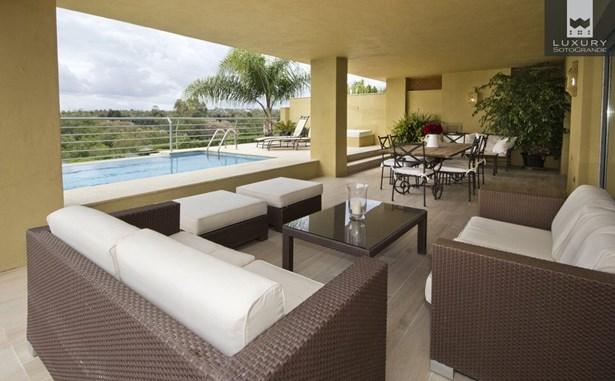 Apartment for Sale in Sotogrande Marina - Ribera del Rio (photo 1)