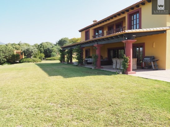 Excellent opportunity to acquire a luxurious Spanish country estate with Equestrian facilities (photo 5)
