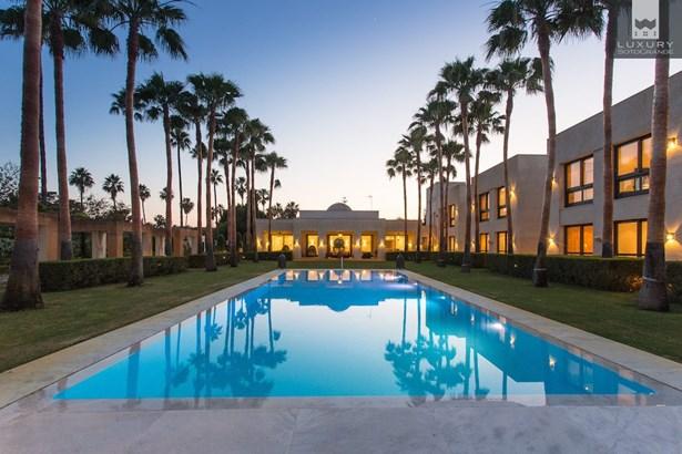Villa Kabila- Luxury 16 bedroom Villa for sale in Sotogrande Costa (photo 1)