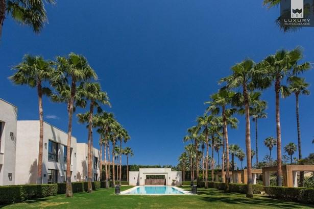 Villa Kabila- Luxury 16 bedroom Villa for sale in Sotogrande Costa (photo 3)