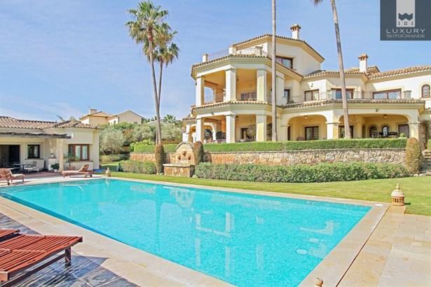 Beautiful Villa for holiday rental in Sotogrande Alto (photo 1)