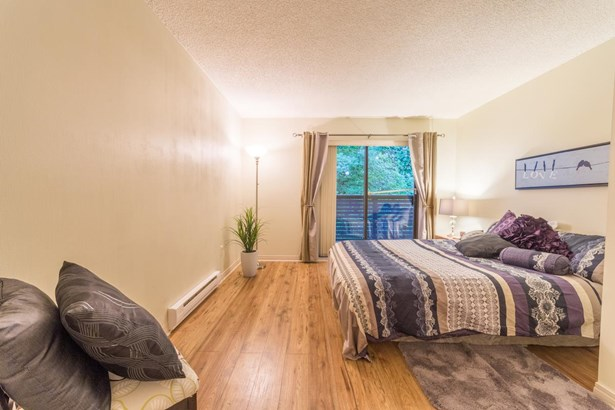 3172 Mountain Highway, North Vancouver, BC - CAN (photo 5)