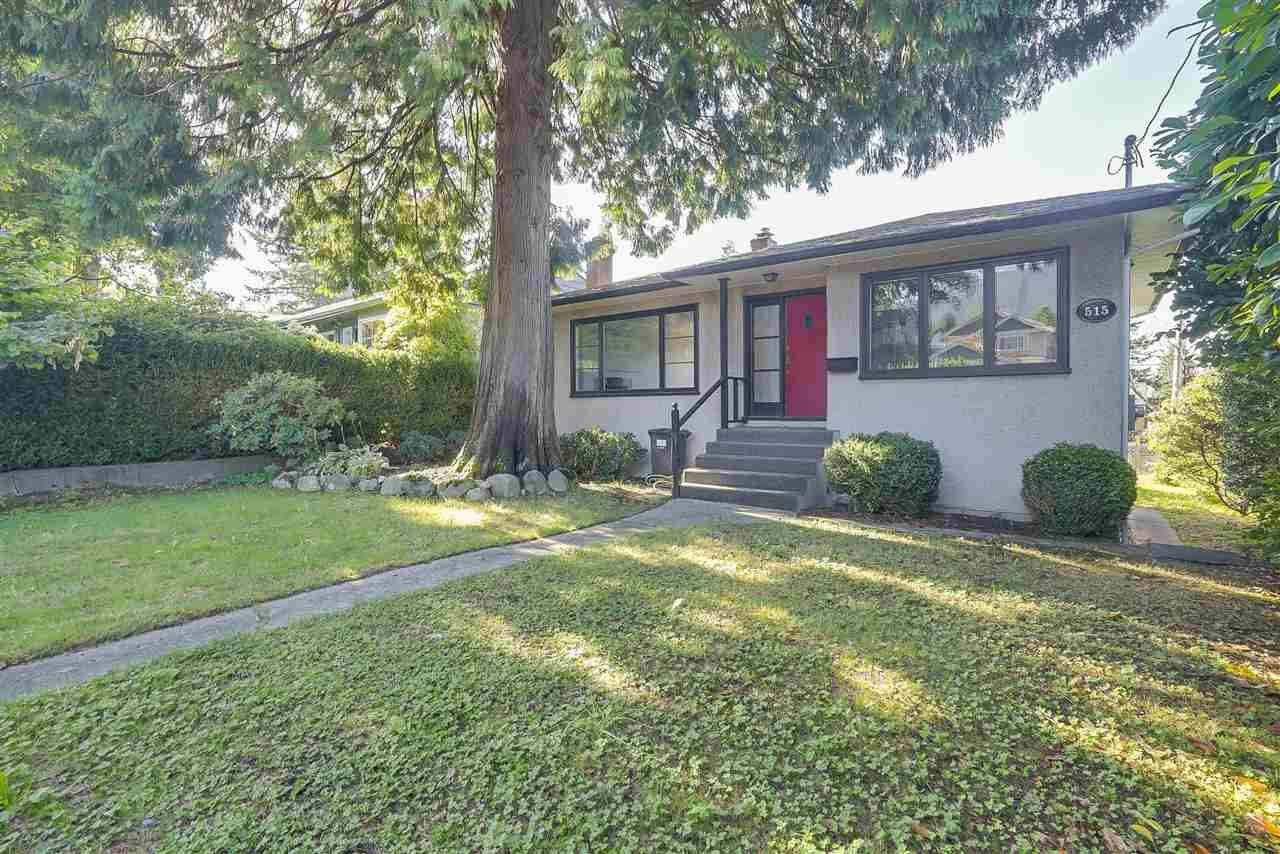 515 W Queens Road, Vancouver, BC - CAN (photo 1)