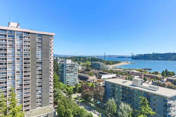 650 16th Street 1403, West Vancouver, BC - CAN (photo 1)