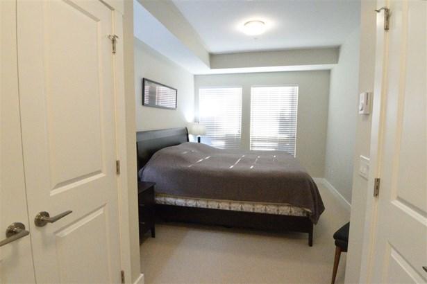 1166 54a Street 215, Tsawwassen, BC - CAN (photo 4)