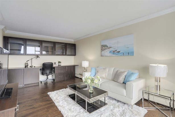 320 Royal Avenue 1603, New Westminster, BC - CAN (photo 1)