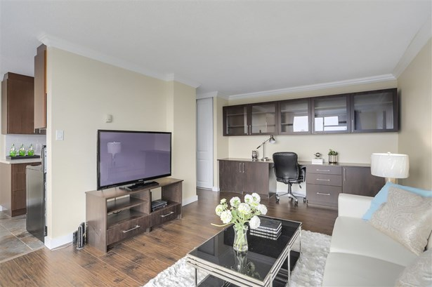 320 Royal Avenue 1603, New Westminster, BC - CAN (photo 2)
