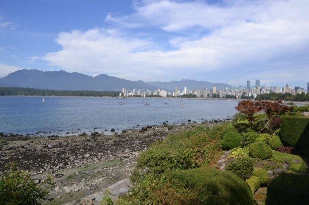 2595 Point Grey Road, Vancouver, BC - CAN (photo 1)