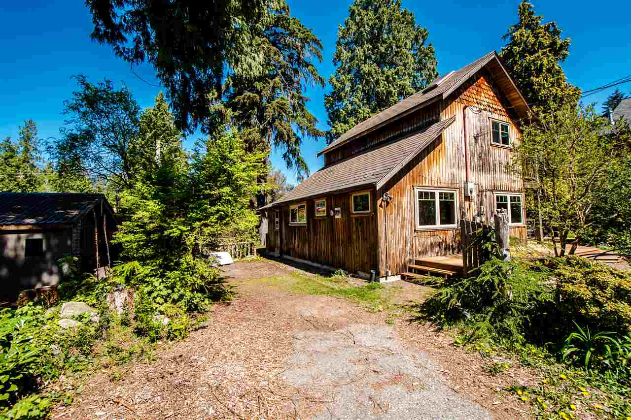 668 Franklin Road, Gibsons, BC - CAN (photo 2)