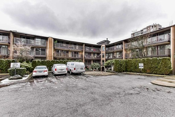 9847 Manchester Drive 329, Burnaby, BC - CAN (photo 2)