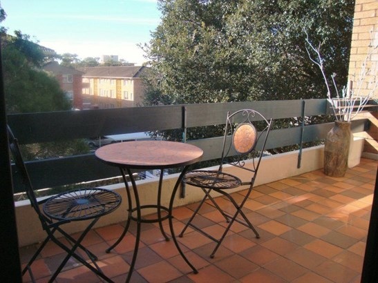 34/34 The Crescent, Dee Why - AUS (photo 3)