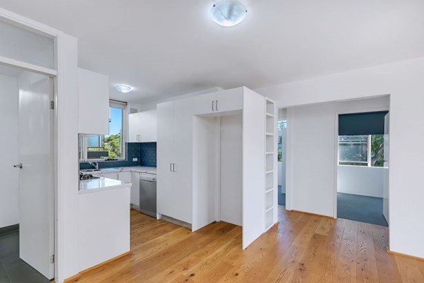 6/50 Roseberry Street, Manly Vale - AUS (photo 3)