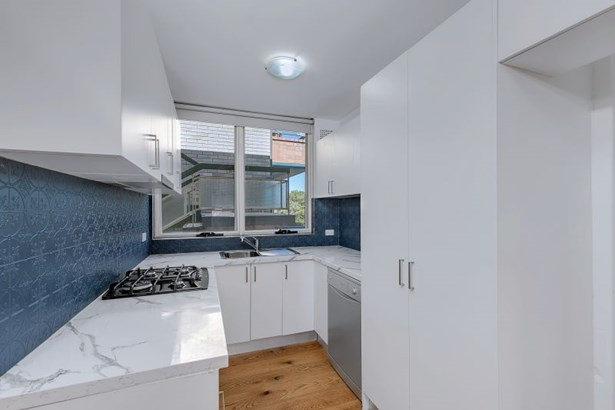 6/50 Roseberry Street, Manly Vale - AUS (photo 5)