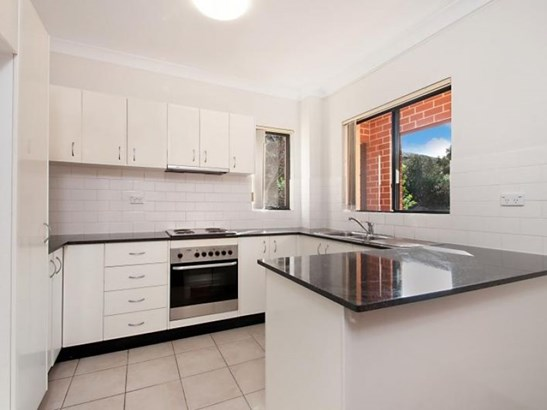 19/62 Kenneth Road, Manly Vale - AUS (photo 3)