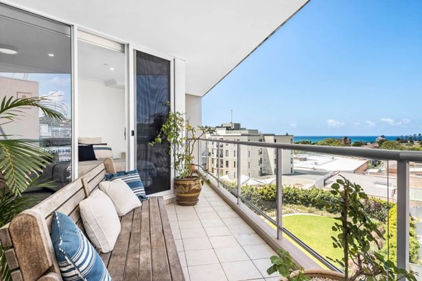 501/910 Pittwater Road, Dee Why - AUS (photo 4)