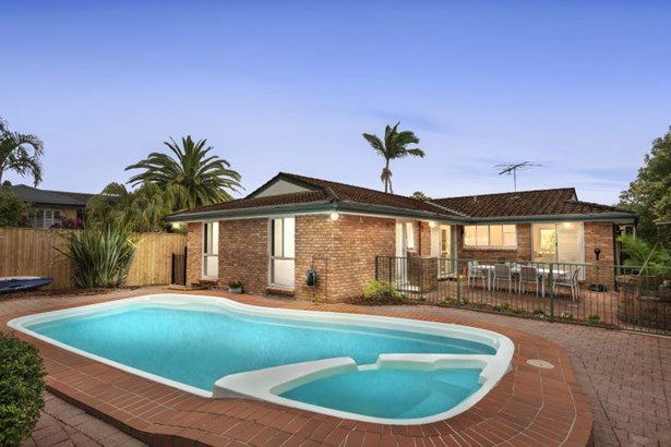5 Alua Close, North Manly - AUS (photo 2)