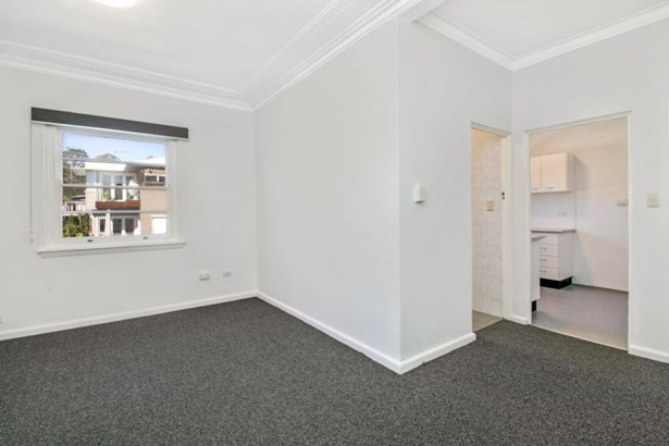 8/107 Darley Road, Manly - AUS (photo 2)