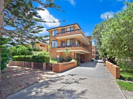 5/34 Seabeach Avenue, Mona Vale - AUS (photo 2)