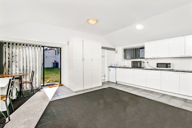 25a Innes Road, Manly Vale - AUS (photo 2)