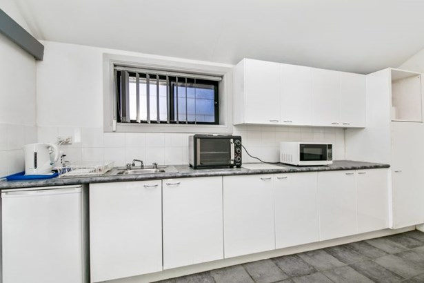 25a Innes Road, Manly Vale - AUS (photo 3)
