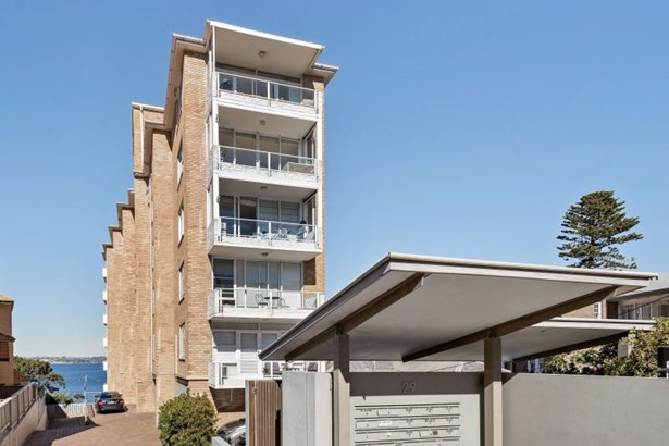 53/29 The Crescent, Manly - AUS (photo 2)