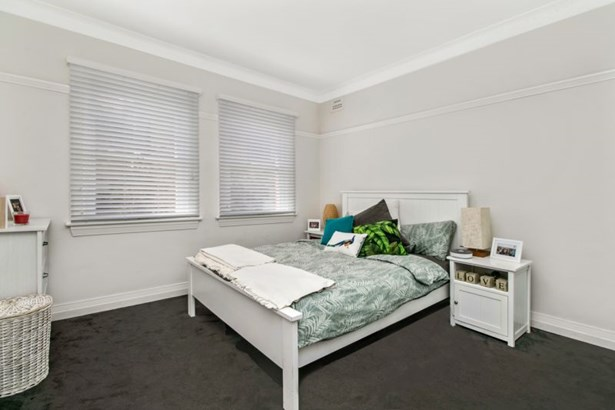 3/16 Pittwater Road, Manly - AUS (photo 3)