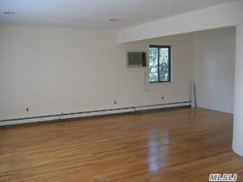 74 Lincoln Ave 2nd Fl, Mineola, NY - USA (photo 5)