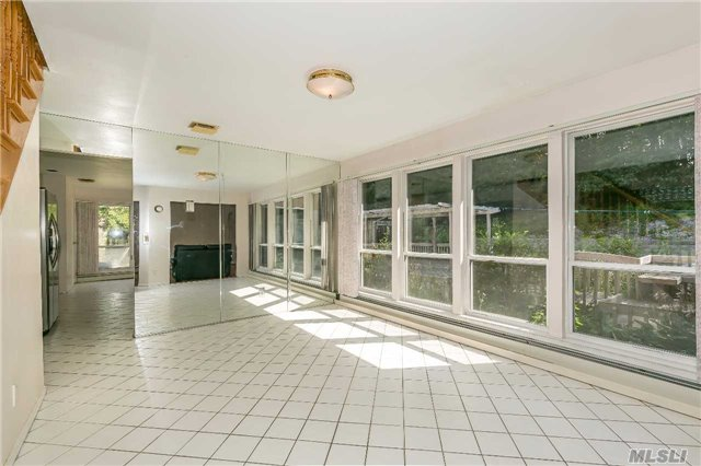 126 Bagatelle Rd, Melville, NY - USA (photo 4)