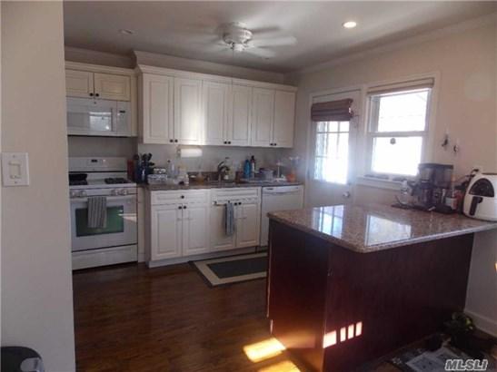126 Roslyn Rd, Mineola, NY - USA (photo 3)