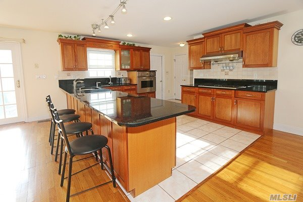 14 Mackay Way, Roslyn, NY - USA (photo 5)