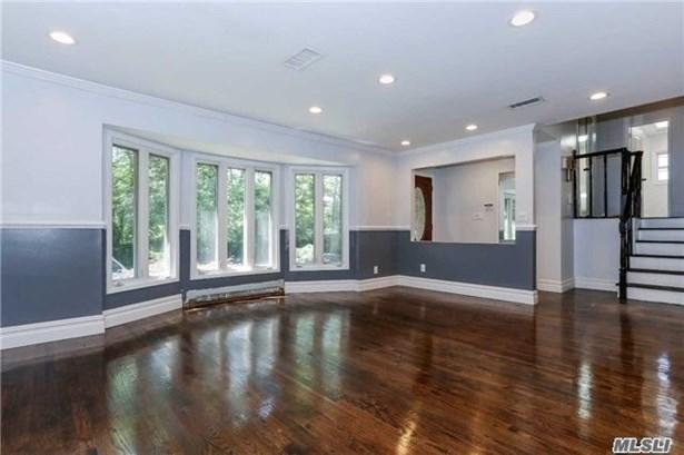 29 Stratford N., Roslyn Heights, NY - USA (photo 2)