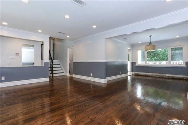 29 Stratford N., Roslyn Heights, NY - USA (photo 3)