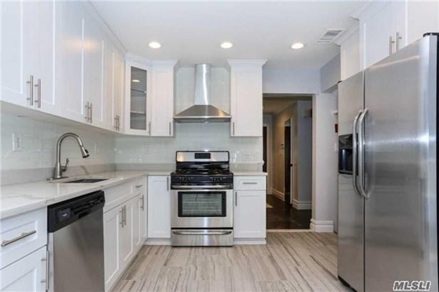 29 Stratford N., Roslyn Heights, NY - USA (photo 4)