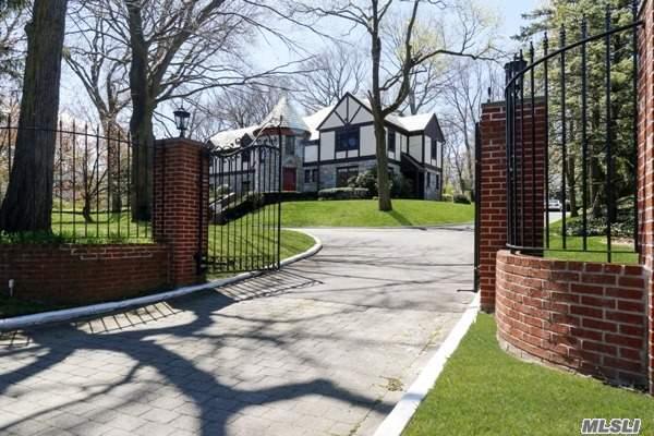 52 Mineola Ave, Roslyn Estates, NY - USA (photo 1)