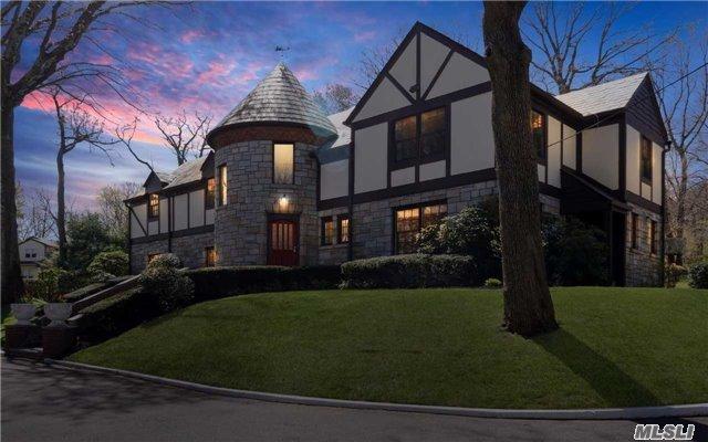 52 Mineola Ave, Roslyn Estates, NY - USA (photo 2)