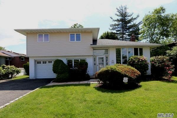 702 Carlisle Rd, Jericho, NY - USA (photo 1)