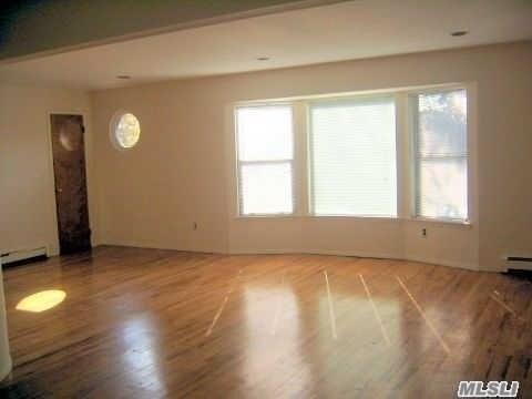 74 Lincoln Ave 2nd Fl, Mineola, NY - USA (photo 4)