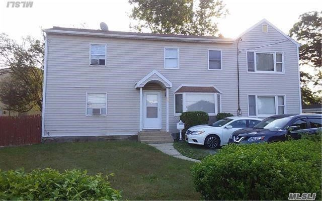 34 Paula Dr, Farmingdale, NY - USA (photo 1)