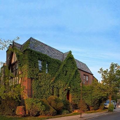 68-03 Ingram St, Forest Hills, NY - USA (photo 2)