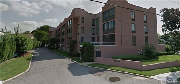 800 Willis Ave 119, Albertson, NY - USA (photo 1)