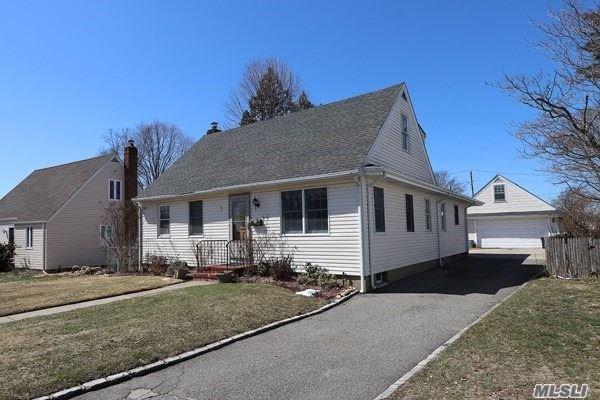 3 Winthrop Ave, Syosset, NY - USA (photo 1)