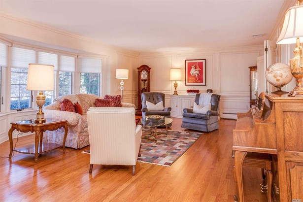 200 Hummimgbird Dr, East Hills, NY - USA (photo 4)