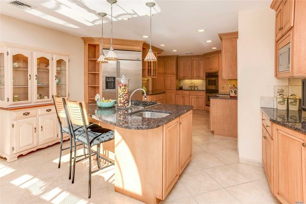 200 Hummimgbird Dr, East Hills, NY - USA (photo 5)