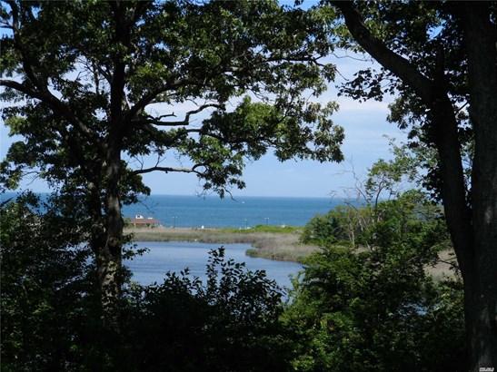26 Big Pond Ln 26, Jamesport, NY - USA (photo 2)