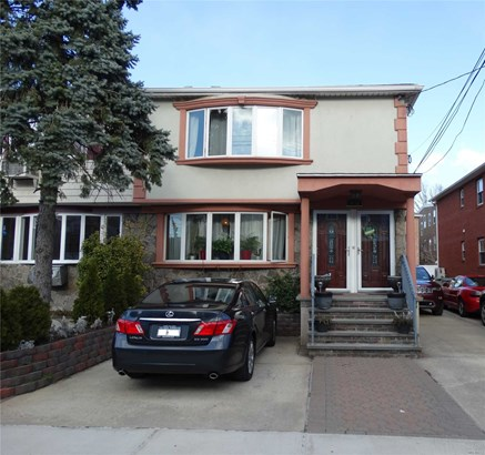 14-15 116th St, College Point, NY - USA (photo 1)