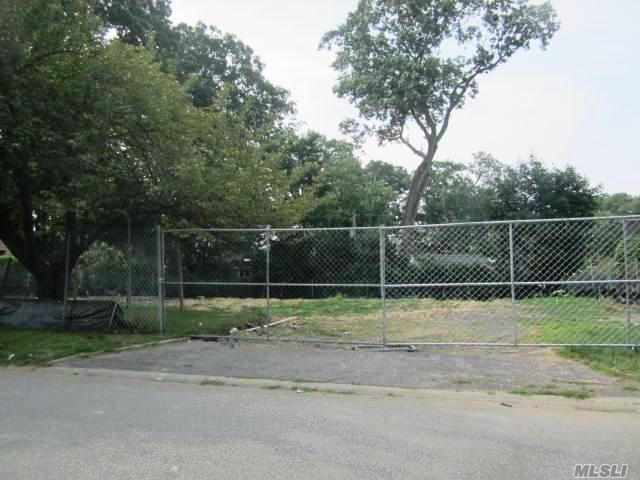 154 Crescent Ln, East Hills, NY - USA (photo 1)
