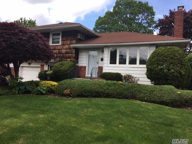52 Eileen Ave, Plainview, NY - USA (photo 1)